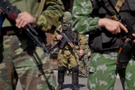 Боевики ДНР обстреляли автобус, ранена женщина