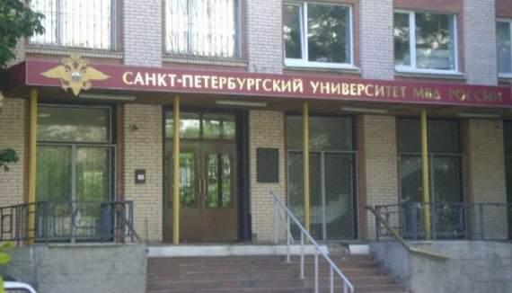 21 век, велико-духовная страна: труп преподавателя год пролежал в общежитии Питера