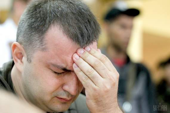"""""""Айдаровці"""" не витримали і накинулися на воєнного прокурора (ВІДЕО)"""