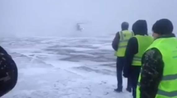 Посадка вертольота у заметіль: в мережі показали евакуацію поранених на Світлодарській дузі бійців до Дніпра (відео)