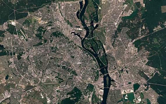 Google показал, как менялся Киев за 30 лет