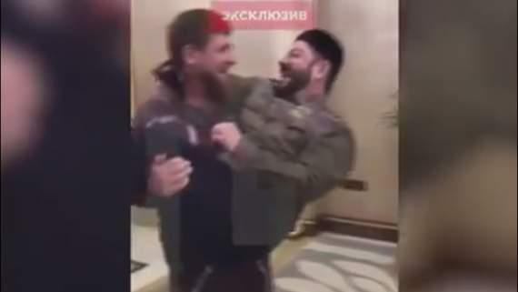 Галустян танцует на ковре перед хозяином россиян Кадыровым, чтобы униженно вымолить добро на «смелую» пародию