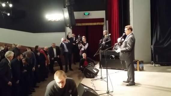 """""""Кобздон головного мозга"""" – Путинский певец взбудоражил сети песней про Моторолу"""