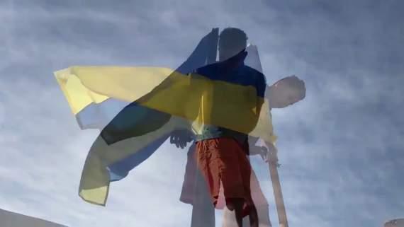 В Єгипті міняли російський прапор на український