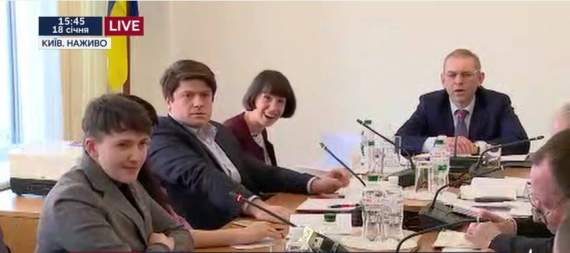 Угадайте с двух раз – это заседание Комитета по нацбезопасности или посиделки клиентов дурки?
