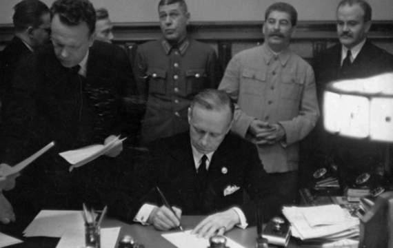 "Сталин в 1939: ""Это Франция и Англия напали на Германию!"""