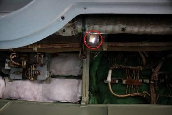 Украинский самолет обстреляли над морем с захваченных РФ вышек /Фото/