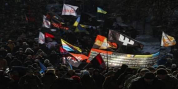 Гнусное шапито в поминальные дни: у Порошенко жестко «прошлись» по организаторам блокадного марша в Киеве