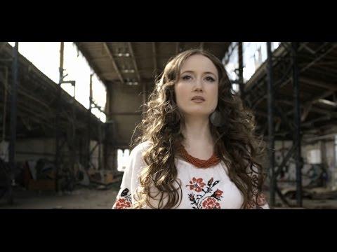Українська співачка LinA з німецької діаспори написала в Берліні пісню для України «Єдина Україна — Україна вільна