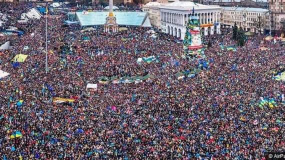 Когда в Киеве побили студентов, на улицы вышел миллион человек. В Москве побили и повинтили в десятки раз больше
