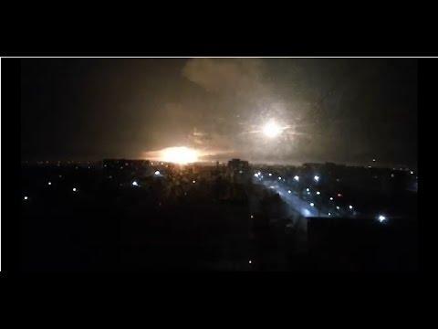 Под Харьковом на военном складе прогремел мощнейший взрыв: проводится эвакуация населения (видео)
