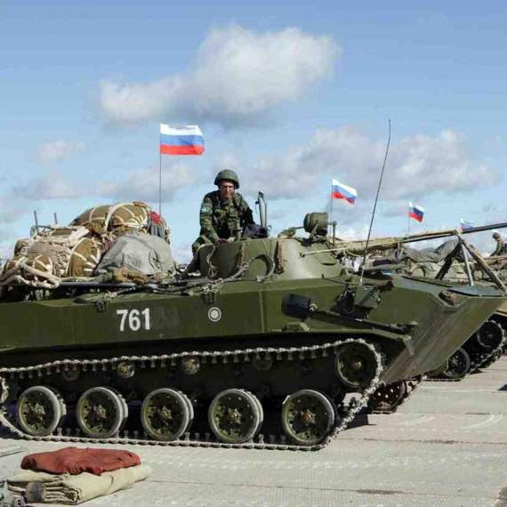 Россия перебросила на Донбасс очередную партию техники и боевиков