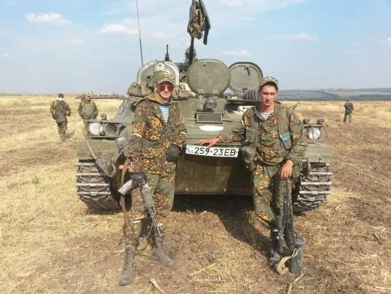«Інтернаціональна допомога» — де і скільки кадрових військових воювало на Донбасі