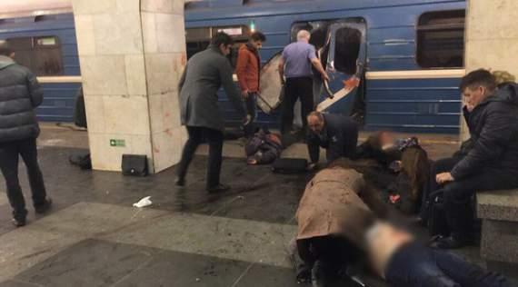 Первые секунды после взрыва в метро Санкт-Петербурга. ВИДЕО 18+