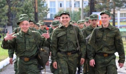 """Российские курсанты ездят на Донбасс для """"практических занятий"""" с артстрильбы"""