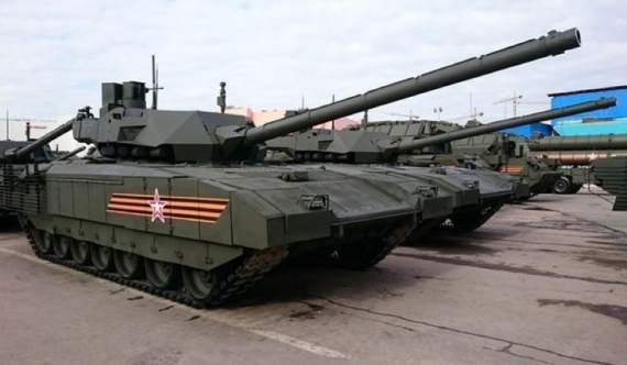 Волонтери заявили про перекидання танків Путіна на кордон з Україною (фото)