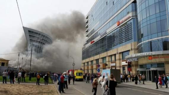 У Киевского вокзала в Москве вспыхнул пожар, есть жертвы