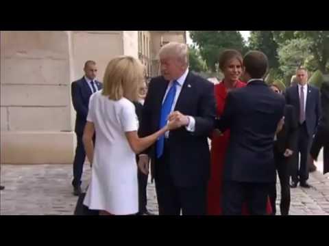 """""""Как объект для удовлетворения мужских сексуальных переживаний"""" – Трамп подвергся критике из-за своей фразы в адрес жены Макрона (видео)"""
