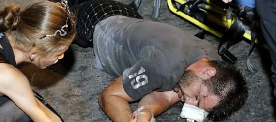 """""""Внезапно поднялся асфальт и сам ударил его"""" – После конфликта с полицией в Турции российский турист оказался в больнице (видео)"""