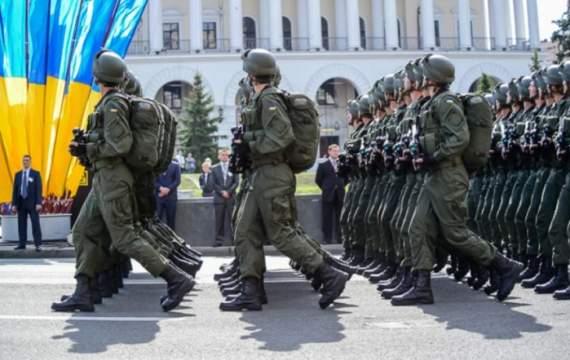 """""""Я отменила все свои планы. Я иду на Парад. Я буду плакать от радости, что наконец-то, после 26 лет Независимости, у нас есть такая Армия. Параду – быть"""" – Екатерина Золотарева"""