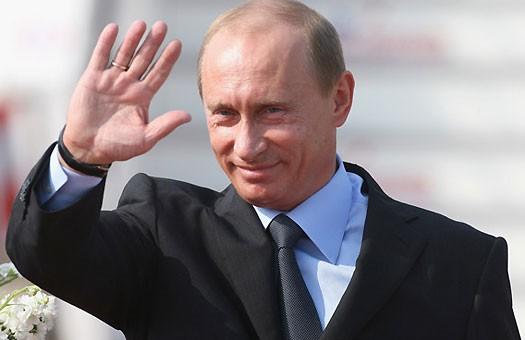 Путін дозволив кримчанам не платити борги перед Україною