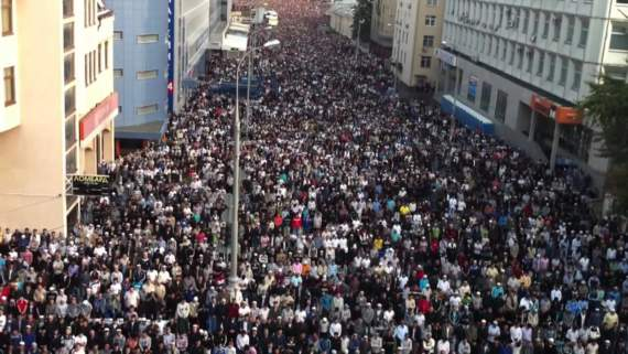 В Москве и Питере 1 сентября перенесли из-за Курбан-байрама. Чтобы не оскорблять чувств…