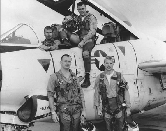 Две судьбы. Американский сенатор Джонн МакКейн и сбивший его советский подполковник Трушечкин