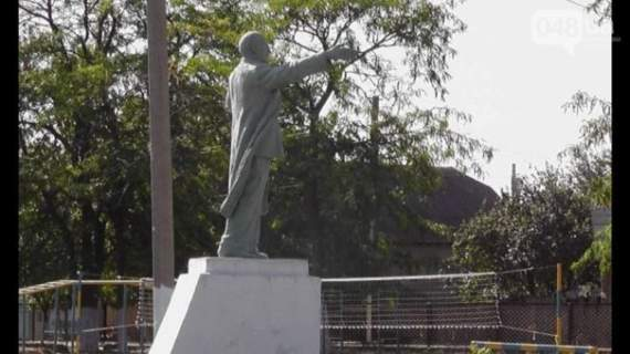 Назревает скандал: на Одесщине восстановили памятники Ленину и Калинину