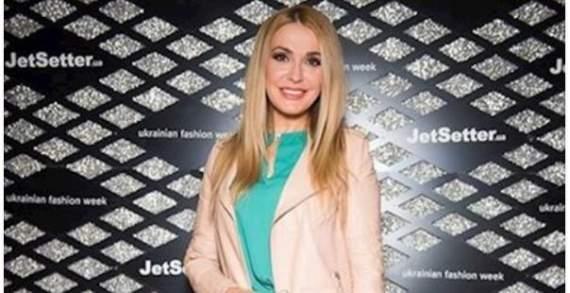 """""""А ведь ей за 50"""": народная артистка Украины вызвала восторг селфи без макияжа"""