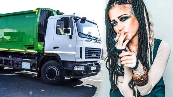 У Москві відома співачка лягла під вантажівку (відео)