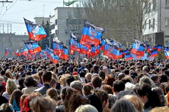 """""""Выборы"""" в """"Л/ДНР"""". Как Плотницкий и Захарченко меняют лояльность на жизнь"""