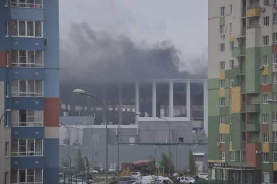 В России строители подожгли стадион чемпионата мира по футболу-2018 (фото)