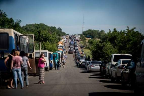 Пенсіонерка з Донецька: «Пусть стреляют, мы хоть что-то имеем», — блогер