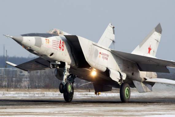 МиГ-25 летали так быстро, что разрушали собственные двигатели