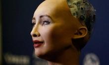 Робот Софія вийшла з ладу після питання про корупцію в Україні