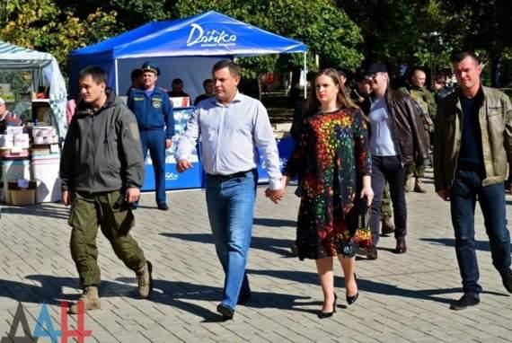 Захарченко в ближайшее время сбежит в Москву