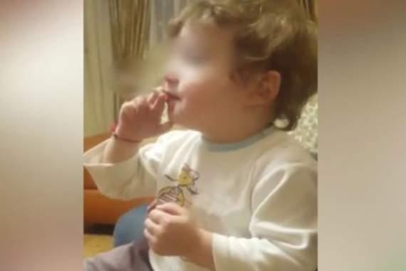 Дядя навчив 2-річного хлопчика з Північної Осетії курити і матюкатися