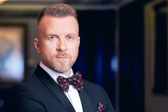 Відомий шоумен покинув Україну і проситиме притулку в Європі