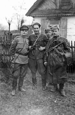 Партизаны-евреи в Польше, 1942–1945