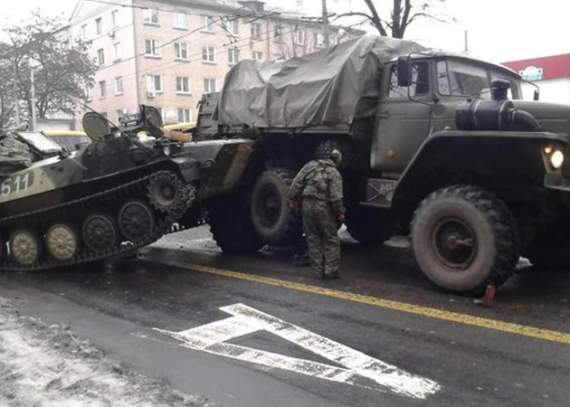 Боевик «ДНР» угнал БМП и хотел сдаться в плен