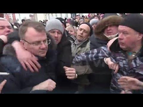 В Волоколамске скачут рабсияне! Нелегитимыч, где ОМОН? Кастрюли распоясались! (видео)