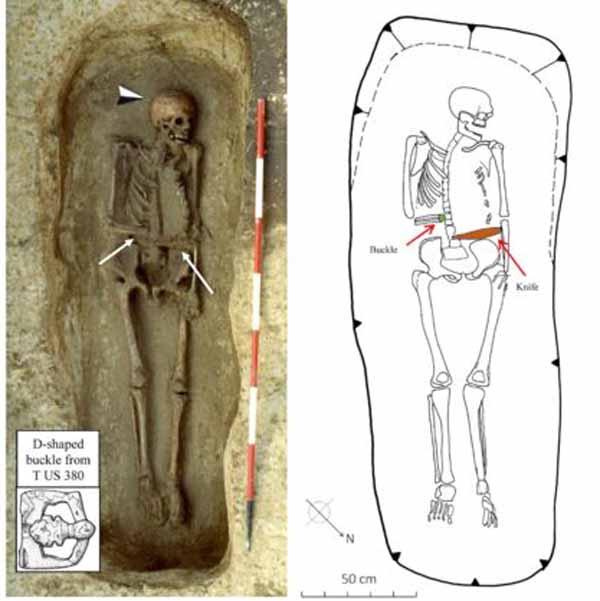 Археологи знайшли в Італії скелет чоловіка-кіборга з рукою-ножем