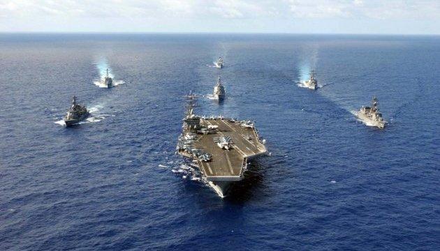 """Атомный авианосец и ракетные суда ВМФ США идут на Ближний Восток. Это вам не """"Кузя"""" (видео)"""