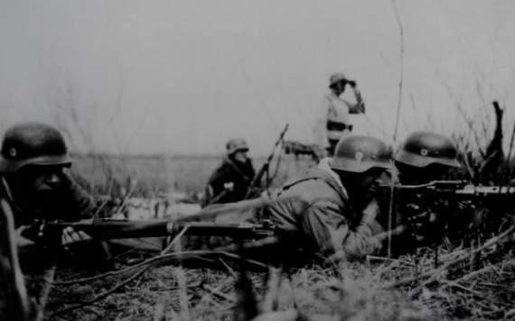 14-та гренадерська дивізія військ СС «Галичина» чи 1-ша Українська дивізія Української Національної Армії