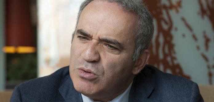 Каспаров заявив про готовність бойкотувати чемпіонат світу в Росії
