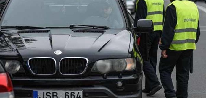 Що чекає власників нерозмитнених авто за новим проектом закону