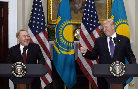 Казахстан ратифицировал протокол о сотрудничестве с США по транзиту в Афганистан
