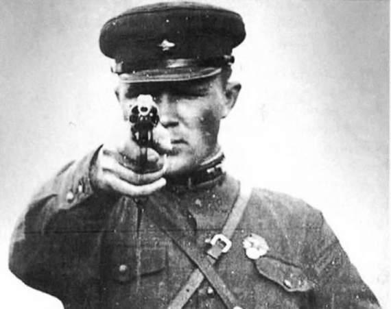 Масові розстріли: як і за що радянська влада косила ряди Червоної армії