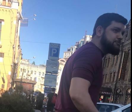 """""""Діаспора Чечні"""": Що знайшли користувачі соцмережі на молодика, який побив Найєма"""