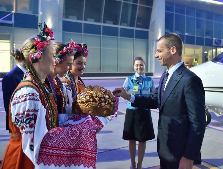 Президент УЕФА прибыл в Украину на финалы Лиги чемпионов